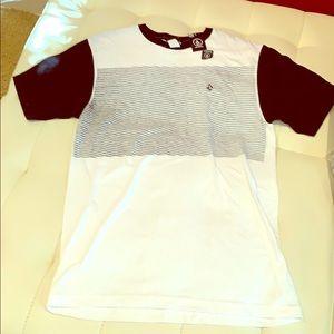 NWT Volcom M T-shirt